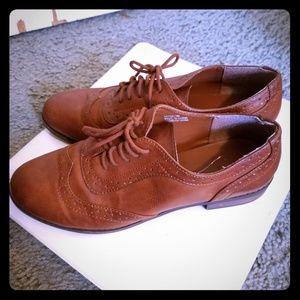 XXI Classic Cognac Loafers - size 7